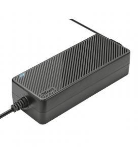 Cargador universal de corriente trust plug & go 120w - entrada 100-240 vca - salida max 6.15a - plug and play - 7 conectores - I